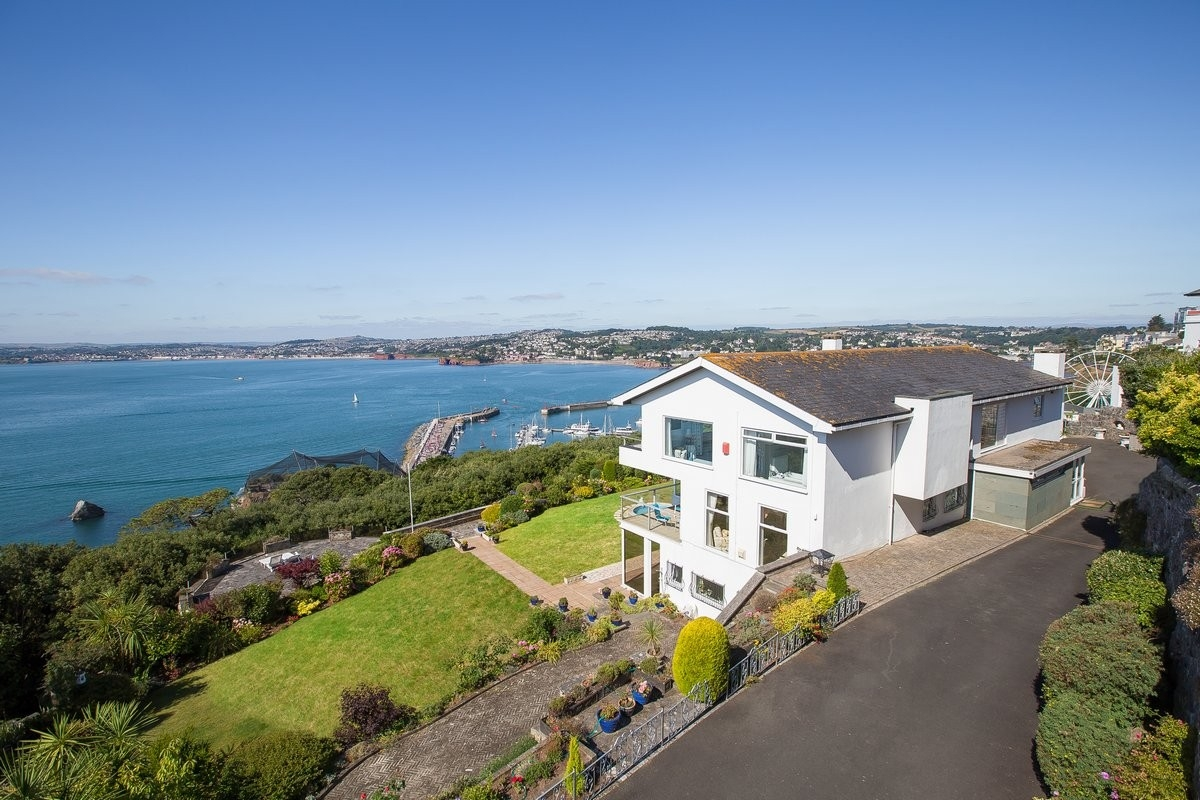 Torquay property for sale in torquay john couch the for Homes for sale in the uk